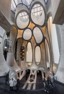 heatherwick-architecture-cultural-galleries-v-and-a-south-africa-interior_dezeen_2364_col_0-852x1242